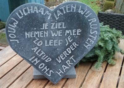 Opdracht 2017, voor op een grafsteen