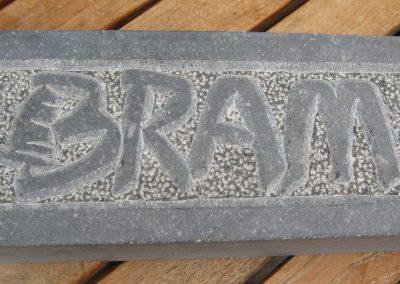 Bram, blauwe hardsteen